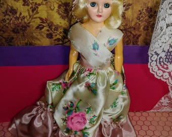 Collectible vintage doll 1960's