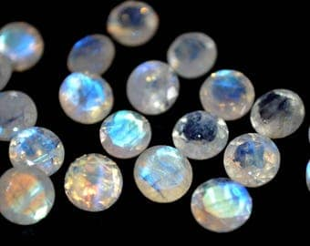 6 mm AA Rainbow Moonstone  round  faceted  - Blue flash  Rainbow Moonstone