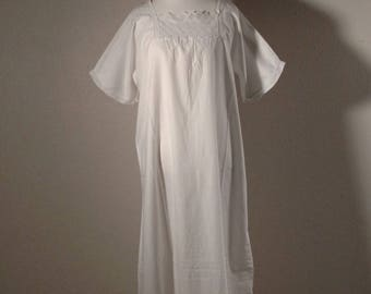 Antique cotton nightgown, made in switzerland, large, lace trim, vintage pajamas