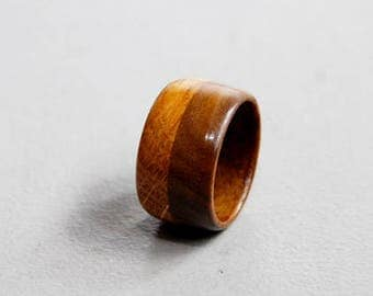"Ring ""Dubhe"" in walnut and oak-12 mm wide"