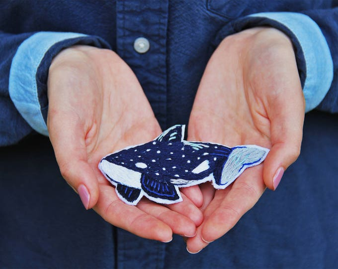 Whale brooch Embroidered brooch embroidery hand embroidered pin Woodland jewelry pin Woodland brooch Nature inspired pin Nature brooch pin