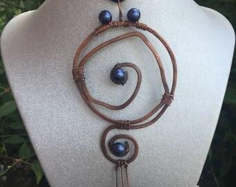 Drunkard's Path, Copper Wire Pendant