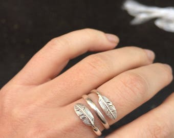 Sterling silver ring with feathers