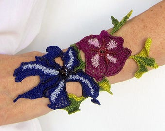 Lace bracelet mitten-anemones JANHAVI needle