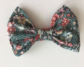 Green Floral Maggie Bow