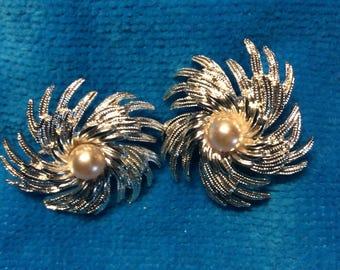 Sarah coventry earrings