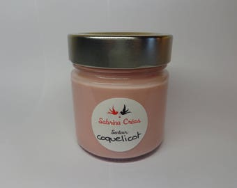 Vegetable soy wax scented poppy.