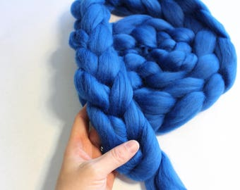 Blue Dyed Corriedale Wool Roving - Super Soft, 23 Microns - 4oz Braid