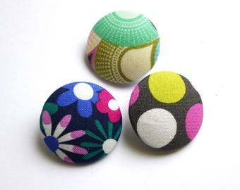 3 buttons 32 mm covered blend fabric, buttons are made in France