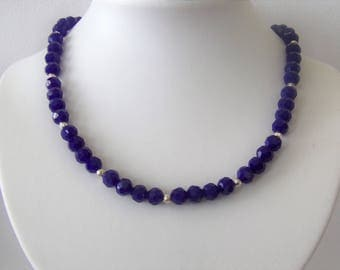 Necklace in gorgeous purple/blue colour