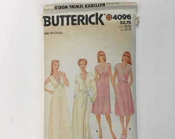 Butterick 4096 / Vintage Lingerie Sewing Pattern / Nightgown Robe Gown Peignoir Negligee
