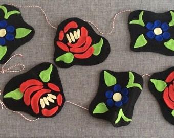 Handmade Folk Art Flower Garland Fleece Felt