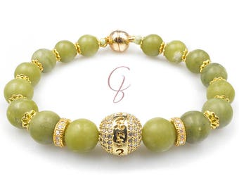 Green jade and gold pearl bracelet