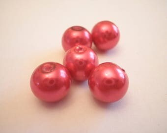 15 Red 10 mm Pearl glass beads