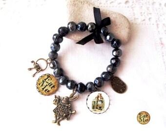 """Eat me"" bracelet ""alice in Wonderland country"" ceramic beads"