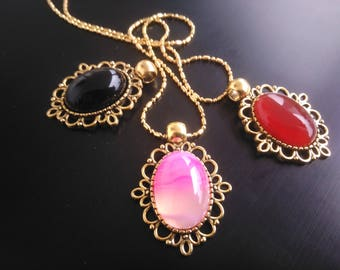 Golden Pendant with agate gemstone - pink color