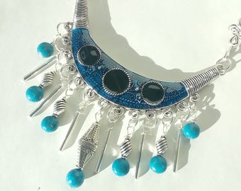 -Necklace 2 in 1: ethnic Collection in turquoise and black wood