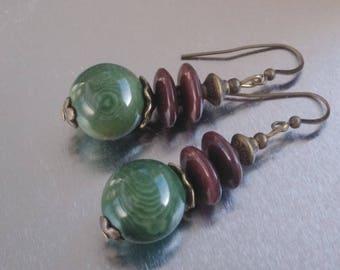 Earrings: Tagua khaki Tan