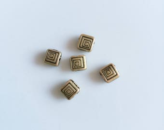 set of 5 square beads bronze