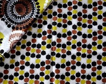 """Geometric"" VINTAGE""- VERA BRADLEY pattern cotton fabric"