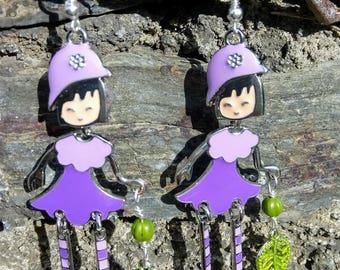Articulated dolls purple earrings