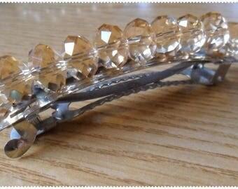 Spring hair nude pearls