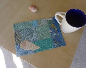Set of mug shell pattern
