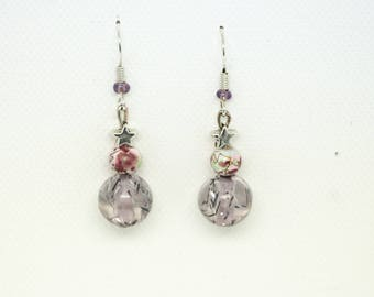 Dangling earrings with pink beads, Burgundy and silver stars