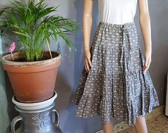 Provencal short flouncy SKIRT. HAND MADE.