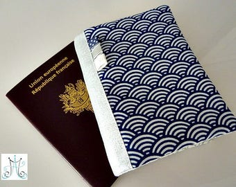 """Protège Passeport - """"Sautons dans les grosses vagues !"""""""