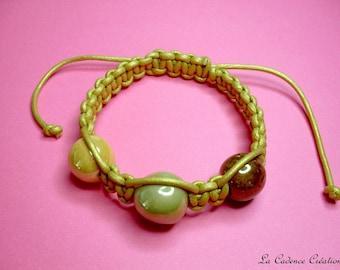 Fancy gold leather macramé bracelet and ceramic beads - shambal