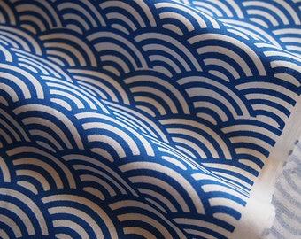 Japanese waves blue cotton fabric: seigaiha 150 cm