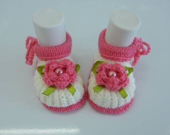 Baby booties , Baby , Baby girl, Knitted baby booties.