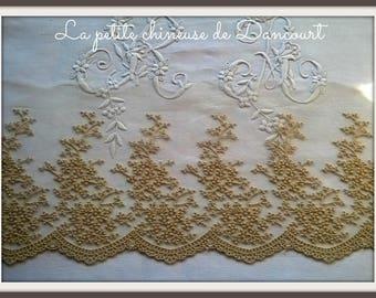 Elizabeth linen lace
