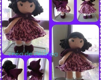 Rosy doll ready to walk in the Woods