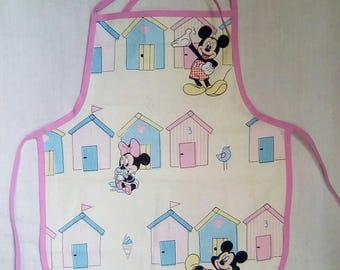 """""""Minnie & Mickey - beach huts"""" apron"""