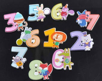 Set of 10 number animals wooden buttons