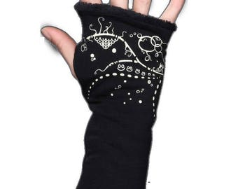 Fingerless gloves black screen printed Aqua