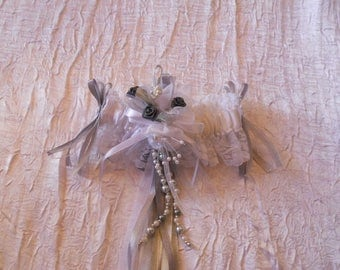 Light gray and dark gray and white bridal garter