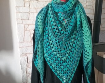 Scarf / shawl made from green to blue gradient wool