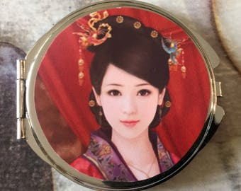 Compact Pocket mirror with two mirrors inside woman Korean with his costume traditional
