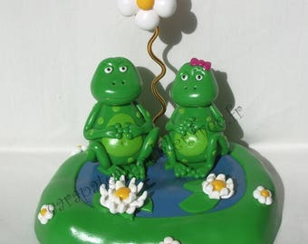 Picture holder frogs in love couple