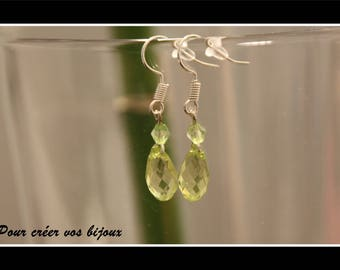 Earrings Kit and its light green oval bead and bicone