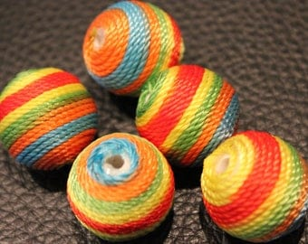 5 x round bead woven and made by hand