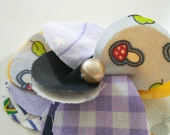 Pretty purple heart fabric flower in White Pearl. Brooch or hair clip