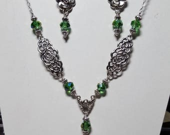 Green necklace set earrings flowers and swarovski crystal
