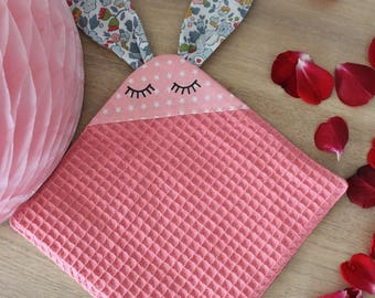 Cuddly Bunny nest pink cotton bee