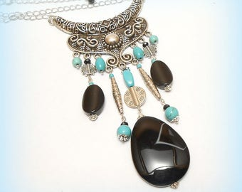 """Charms beads bib necklace """"Composition ethnic Onyx Black and turquoise"""""""