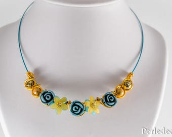 "Aluminum wire necklace beads turquoise resin ""Carmilla"" magic flower gold"