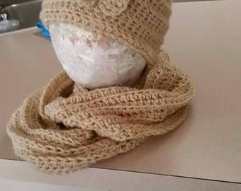 Infinity scarf,  with matching hat.